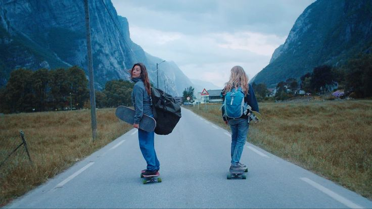 Ishtar X Tussilago is a short film by Maceo Frost starring downhill longboard rider Ishtar Backlund in the epic mountains of Norway. Combined with a magical soundtrack…