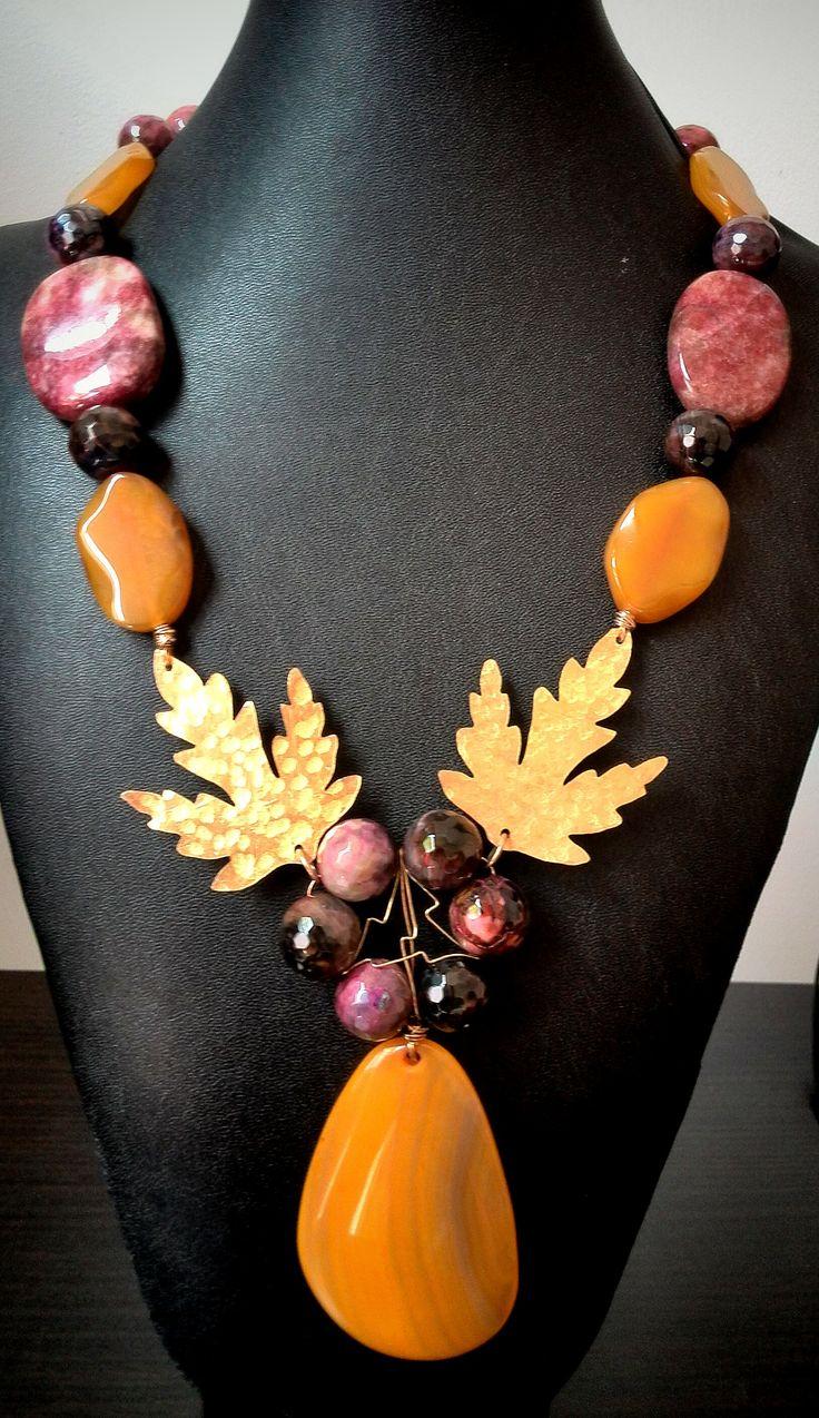 #collar elaborado en #agatasamarillas y herrajes de #bronce #joyasdeautor #bysimmonds #necklace