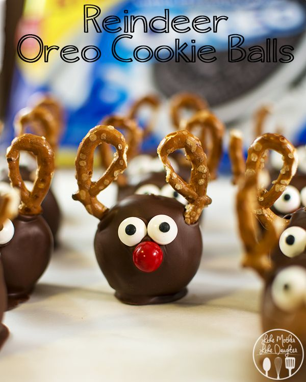 Make these adorable Reindeer Oreo Cookie Balls for your cookie exchange parties! See 20 more CUTE Christmas Food Craft Ideas on www.prettymyparty.com.