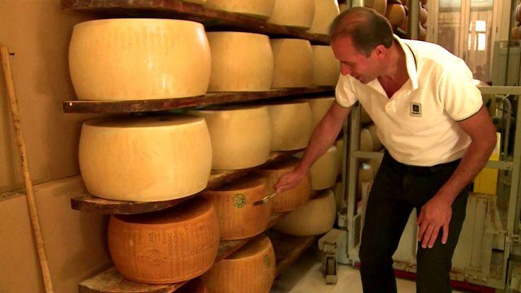 Concerto con le forme di Parmigiano Reggiano Vacche Rosse - #ParmigianoReggiano #DOC #VaccheRosse #parmesan #cheese #eccellenze #Reggioexpo2015 #Expo2015 #ReggioEmilia #wonderfulexpo2015 #food #alimentazione #ExpoMilano2015 #video #wonderfulexpo2015 #food #alimentazione #worldsfair
