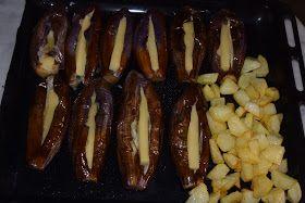 ΜΑΓΕΙΡΙΚΗ ΚΑΙ ΣΥΝΤΑΓΕΣ: Μελιτζάνες φούρνου γεμιστές με τυρί !!!