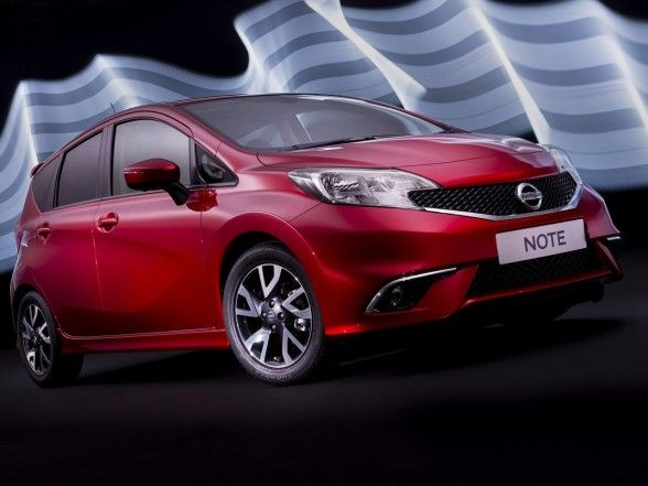Nissan, Appealing 2014 Nissan Note Front Angle Red: Amazing 2014 Nissan Note Car