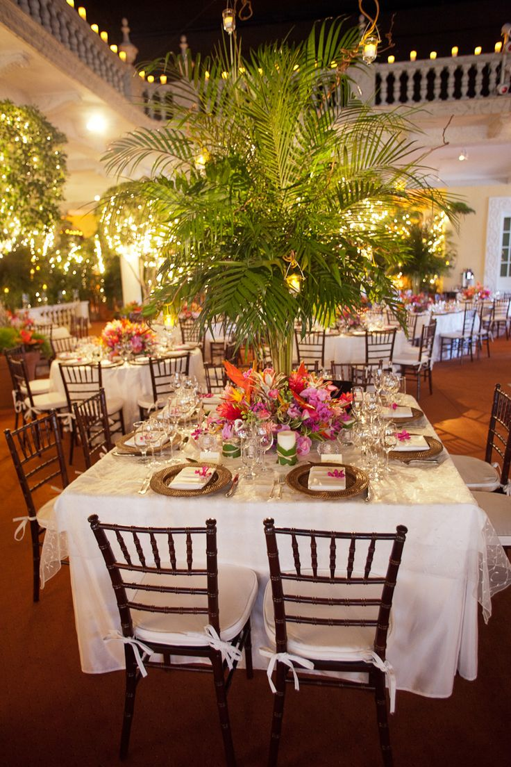 Elegant Tropical Wedding Reception  I like the ferns in the middle  slk