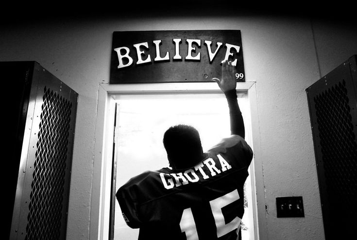 high-school-football-ritual-black-white-locker-room-believe.jpg (750×503)  http://www.helpfulsnowman.com/wp-content/uploads/2013/10/high-school-football-ritual-black-white-locker-room-believe.jpg