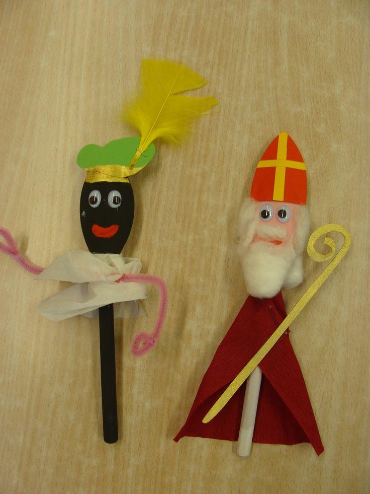 Sint en Zwarte Piet uit houten lepel.