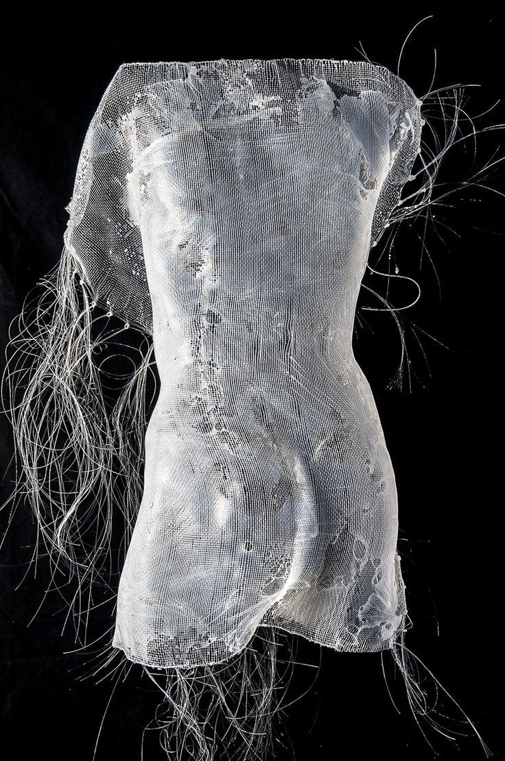 Il femminile, il visibile e l'invisibile - Nebule IV - 2010