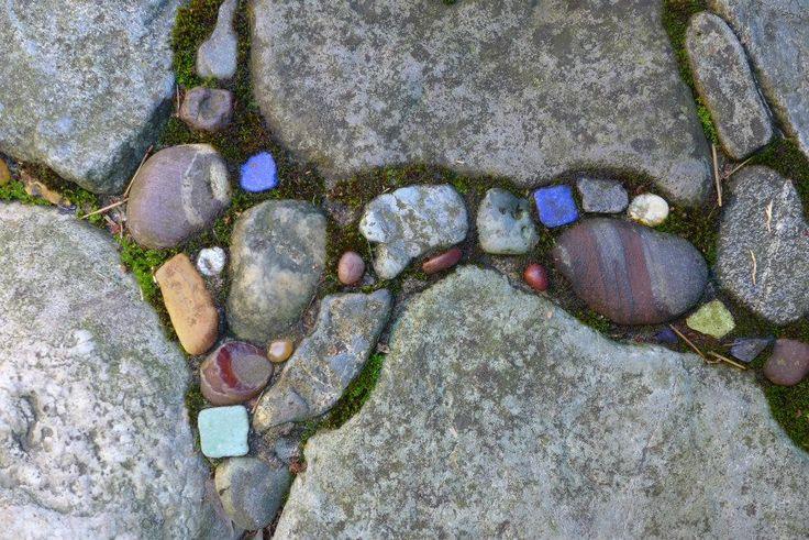 Wall Cap Detail Gardens By Jeffrey Bale Pebble Mosaics