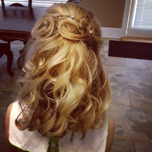 Pageant Hairstyles Beauty Pageant Fluffy Curly Hairstyle