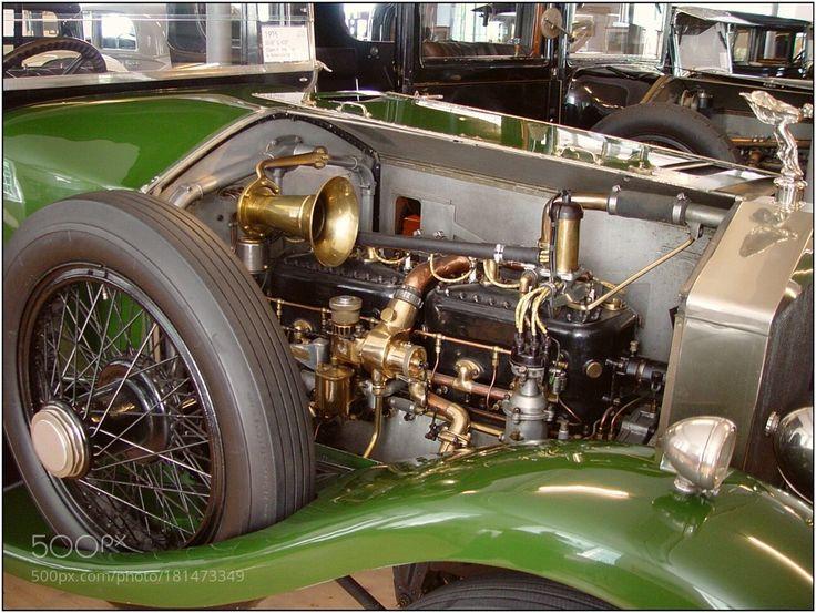Rools Royce engine by WilfriedSiebold with vintagegreenvintage carenginegrünAustriaVorarlbergMuseumMotorOldtimerRolls RoyceRROldyDORNBIRNMotorraumRolls Royce Musweum