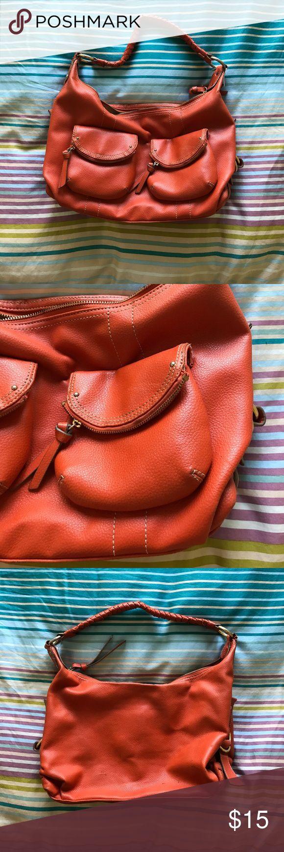 Nine West Orange Shoulder Bag Super cute purse. Very versatile and great for spring and summer. Lots of pockets Nine West Bags Shoulder Bags