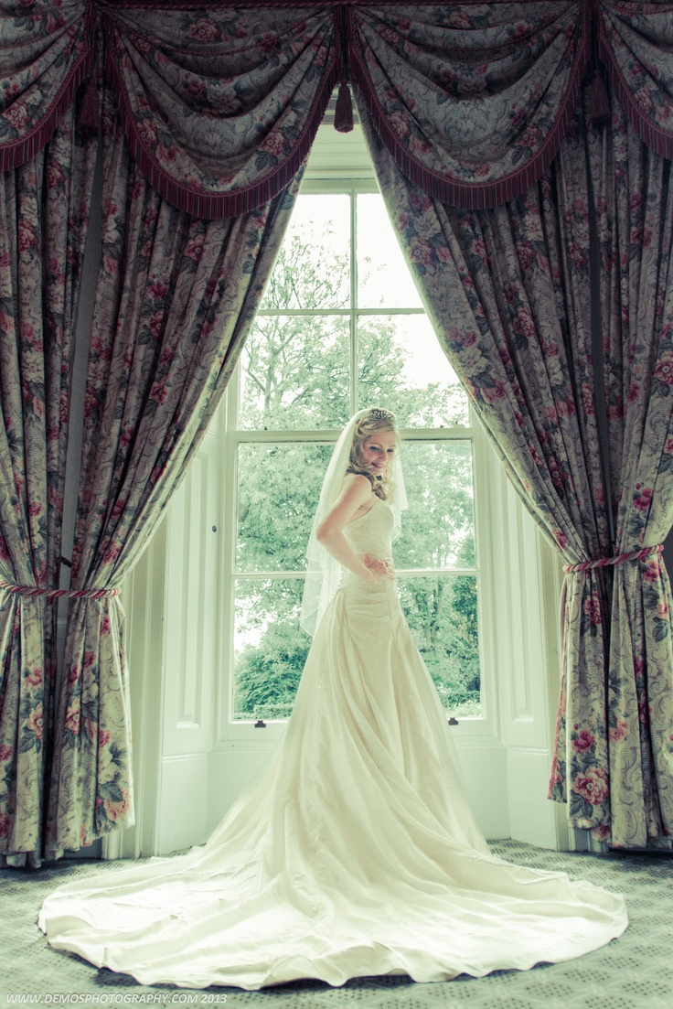 Wedding Dress pose shot at Hendon Hall North London. www.demosphotography.com