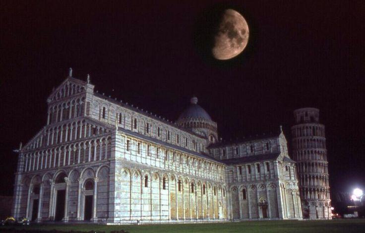 #PisabyNight #Moon
