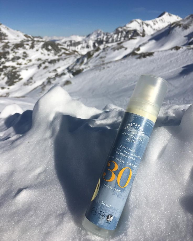 Rudolph Sun Face Cream SPF 30 ☀️Perfect for the harsh winter sun on your skiing trip ⛷  #hellosunshine #sunprotection #skiingtrip #skincare #vacation #sunfacecream30 #rudolphsun #rudolphcare