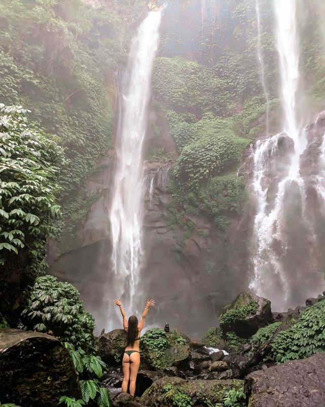 Tlc Had It Wrong When They Said Don T Go Chasing Waterfalls They Obviously Weren T Chasing The Right One Female Travel Bloggers Travel Photography Solo Travel