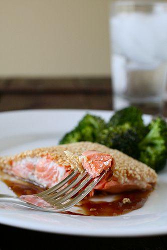 Sesame-Crusted Salmon | Annie's Eats  SO good!
