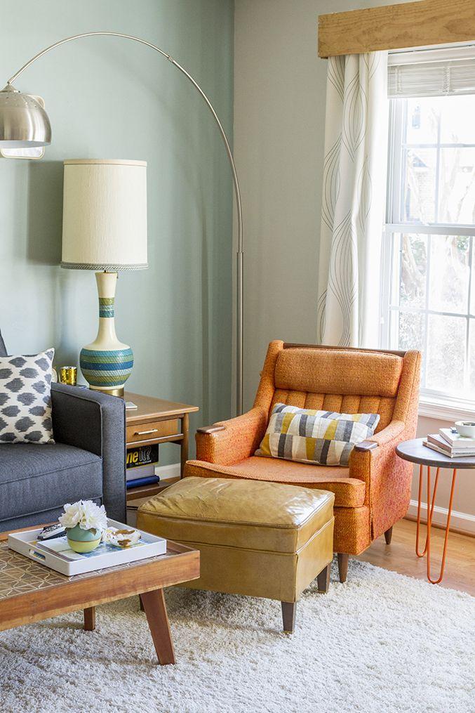 Touches of Mid-Century Modern Living Room via @dreamgreendiy