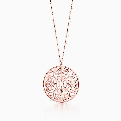 Tiffany Enchant® round pendant in RUBEDO® metal, extra large.