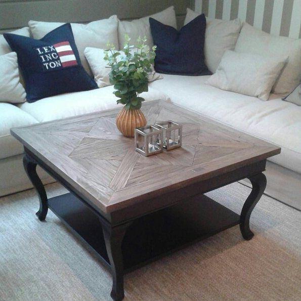 """Paris "" salongbord 90x90 cm hjemme hos @linda.skog  #classicliving #parissalongbord #møbler #interiør #Stuemøbel #vakrehjem #interior #livingroom #coffeetable #home #design #DRIVVED"