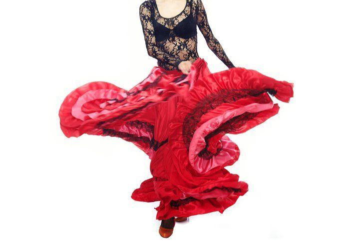 Aulas abertas e gratuitas de Dança Cigana