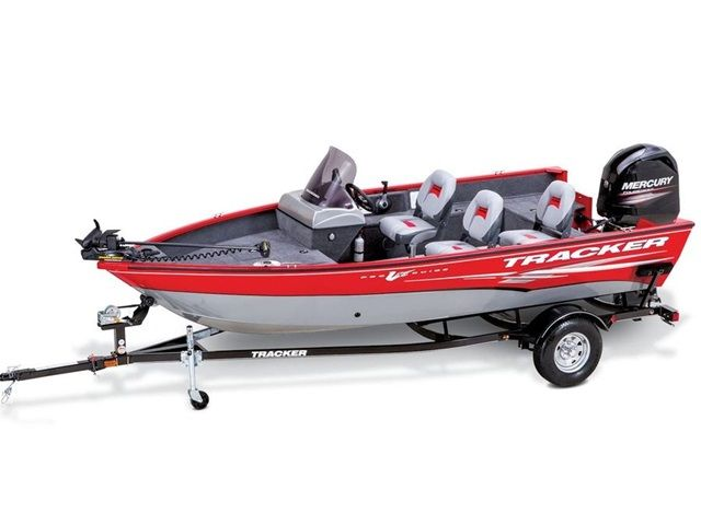 21 best tracker boats images on pinterest tracker boats for Tracker fishing boats