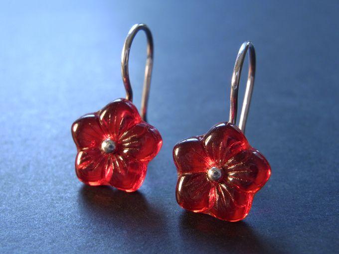 ROTE Blütenohrringe - Silber Ohrhänger von Schmuckeritis auf DaWanda.com