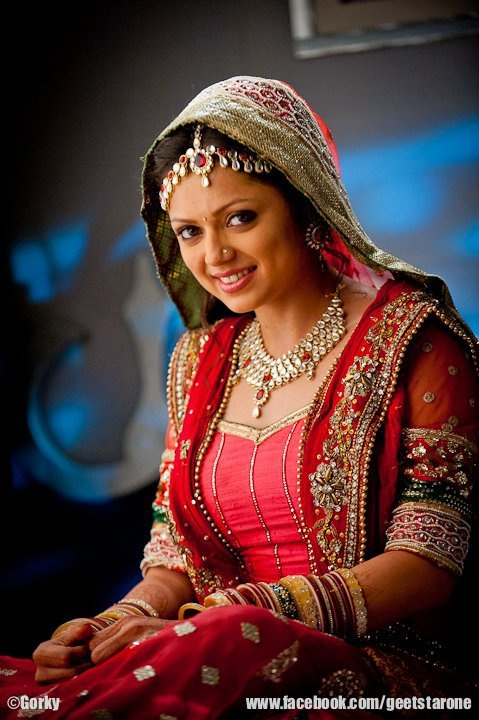 best bridal look.. @drashti10 - INDEED BEST BRIDE LOOK