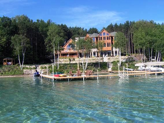 Torch lake mi this picture doesn 39 t reflect it 39 s true for Lake house builders