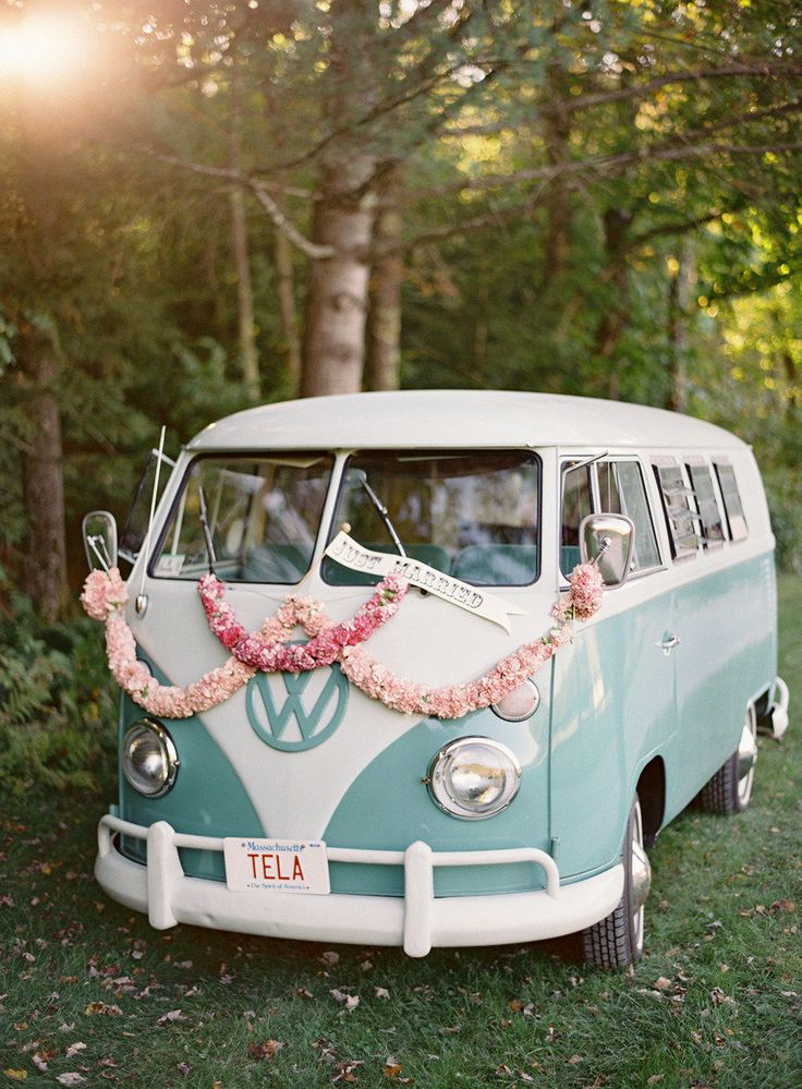 The classic getaway is getting a vintage infusion with this VW Bus decked out in blooms. #whimsical Photography: Jose Villa - josevillaphoto.com Event Design: Moon Canyon Design - mooncanyondesign.com/ Read More: http://www.stylemepretty.com/2013/05/23/vermont-wedding-from-jose-villa/
