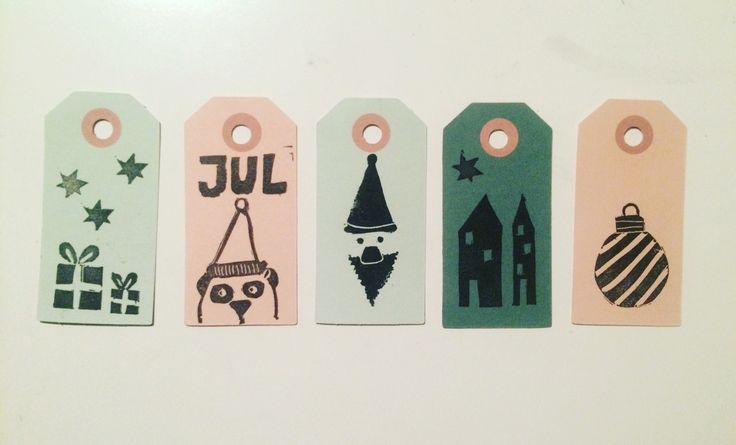 Stamping Christmas giftcards made by Homemade rubberstamps