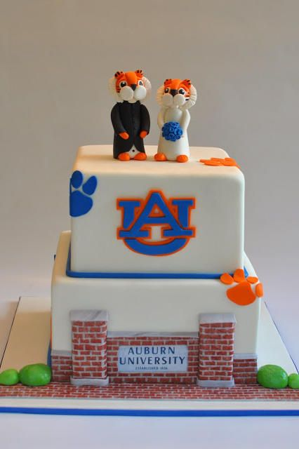 Auburn University - Over-the-Top Groom's Cakes For True SEC Fans - Southernliving. Even the biggest Alabama fan would have to admit that this Auburn cake from Hope's Sweet Cakes is simply adorable.