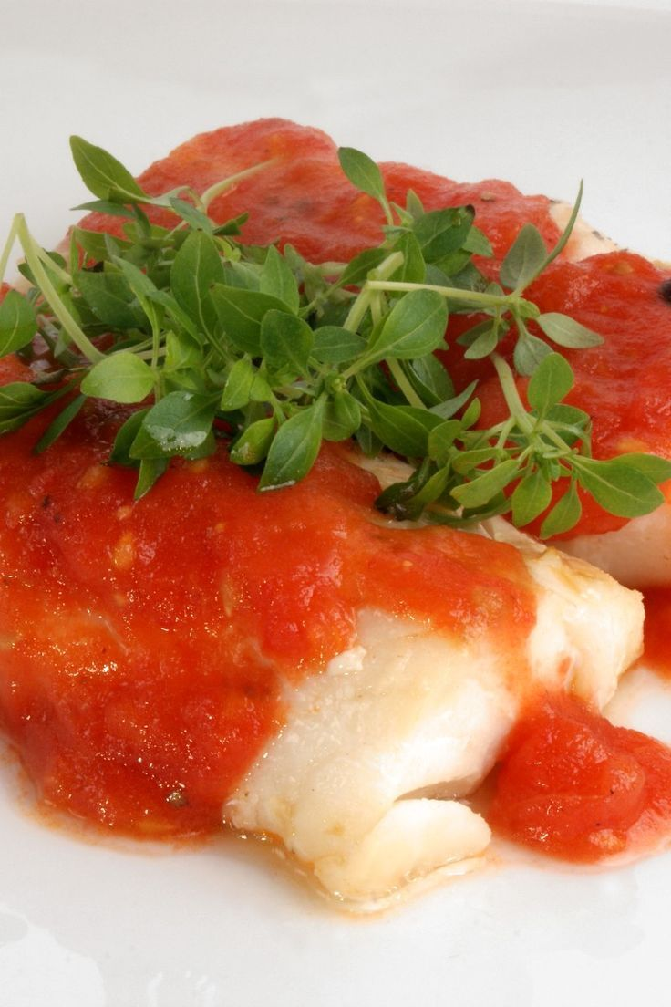Accidental Fish Recipe Baked Mahi Mahi White Fish Topped With A Quick Tomato And Onion Sauce 10 Minute Prep Time Quick Easy Meals Fish Recipes Baked Recipes