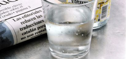 14 Signs You're Not Drinking Enough Water