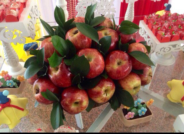 decoracao branca de neve andrea guimaraes:Cesta de maçãs da Branca de Neve!