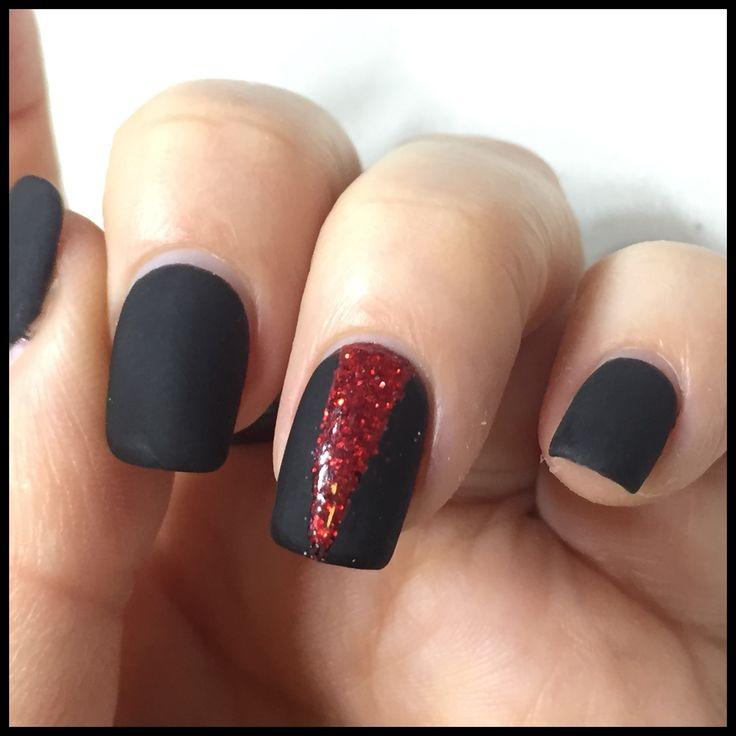 Bio Sculpture gel matte black with red glitter accent