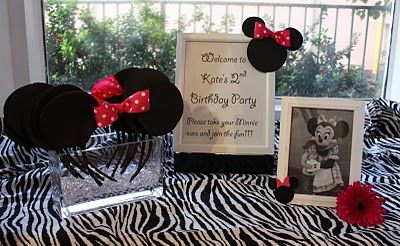 love the pic with the bday girl & Minnie.  Guess we need to make a trip to D-Land before December!: Mice, Party'S, Mouse Birthday, Birthday Parties, Birthdays, Minnie Mouse, 1St Birthday, Birthday Party Ideas, Birthday Ideas
