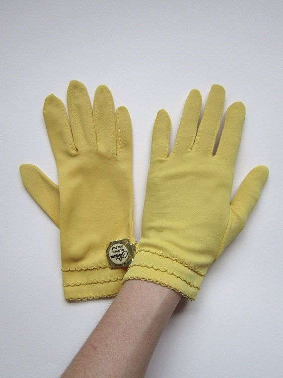 1950s Gloves / Vintage 1950s Yellow Gloves / by CanaryClubVintage
