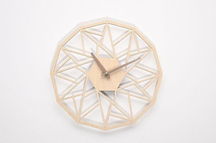 Nowoczesny prezent ażurowy zegar ścienny GJ w NIUS SHOP na DaWanda.com