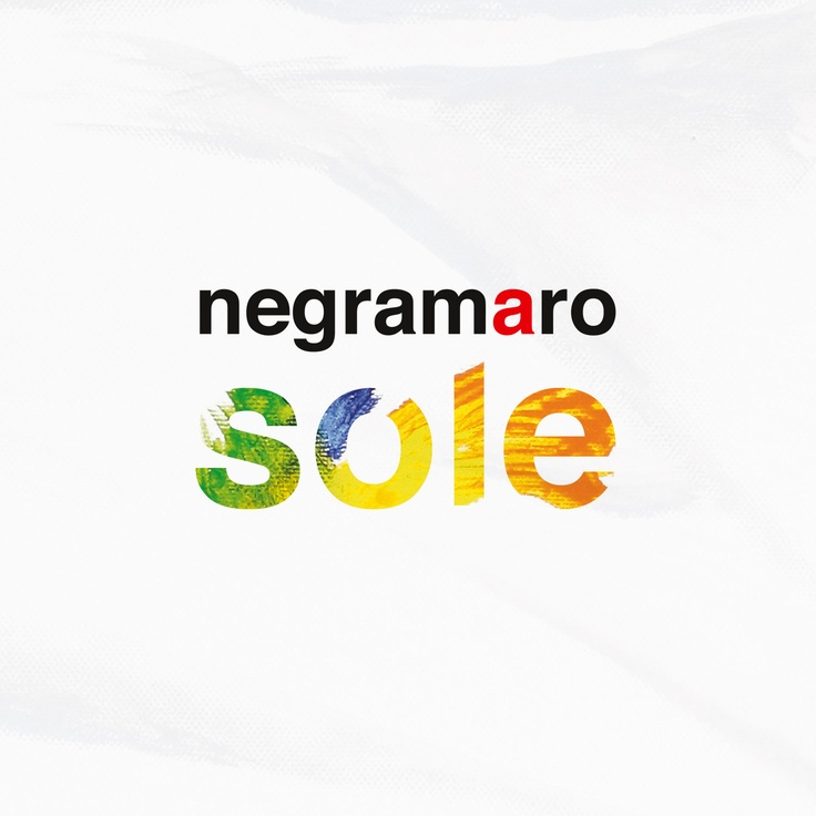 """Girata da Gabriele Surdo, giovane filmaker emergente, la clip ufficiale di """"Sole"""" (il nuovo singolo estratto dalla raccolta """"Una storia semplice""""). La clip: http://youtu.be/F4p0JQLHdFc #negramaro #sole"""