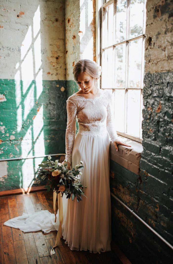 Rustic Vintage Georgia Wedding at The Engine Room | Junebug Weddings