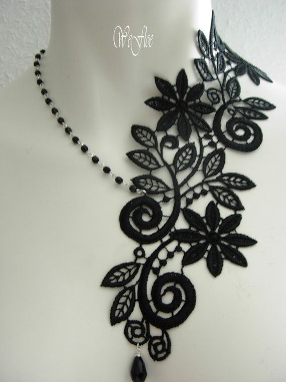 victorian gothic venice lace collar necklace.