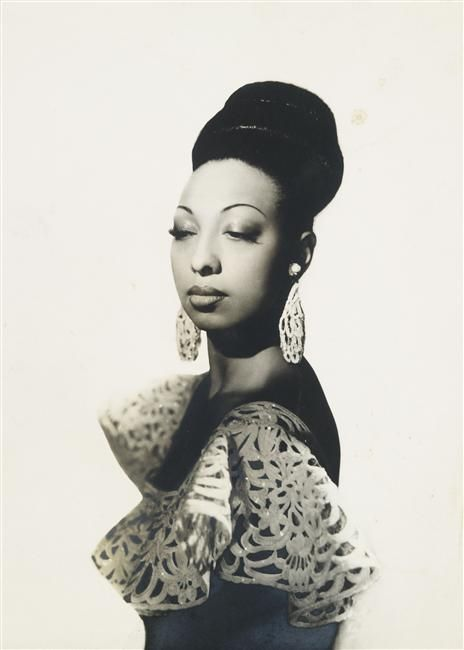 Josephine Baker sporting a bouffant in 1939. Photo by Studio Harcourt