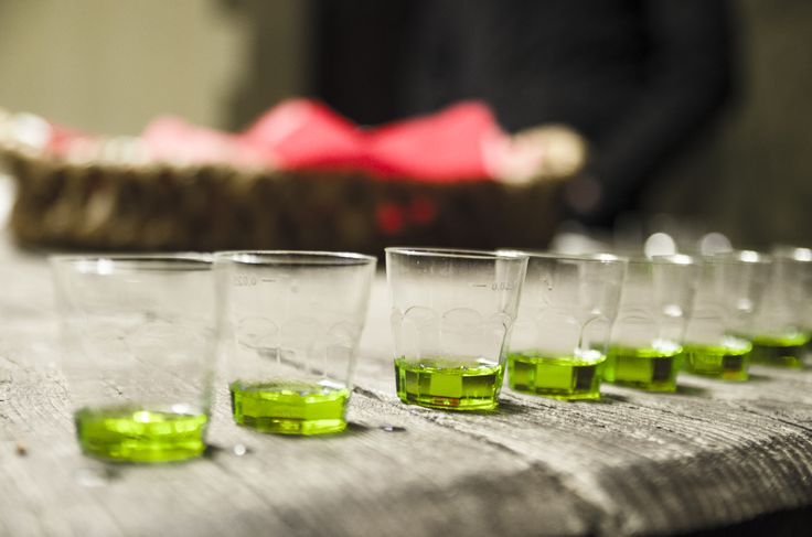 Want to taste? #Laudemio #EVOO #oliveoil #green #colour