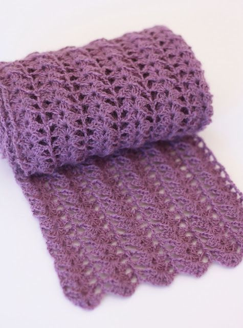 Crocheted Scarf {Free Pattern} | A Spoonful of Sugar - very simple yet elegant.