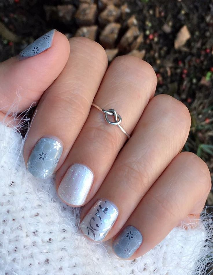 Wedding or winter. Either way, gorgeous mani! ❄️ Jamberry Mystic Ice wrap, Frosting lacquer, Bachelorette accents, and Silver Floral wrap  theberrybestjams.jamberry.com