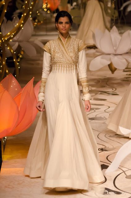 Rohit Bal's collection for India Bridal Fashion Week #RohitBal #India #fashion #world #couture #style