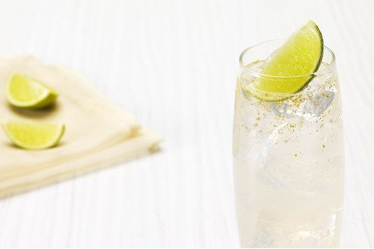 A spicy combination of the delicate cinnamon flavour of Smirnoff Gold with the spice and subtle sweetness of ginger beer has the added touch of gold flakes suspended in the liquid for an easy-to-make drink that looks and tastes amazing.
