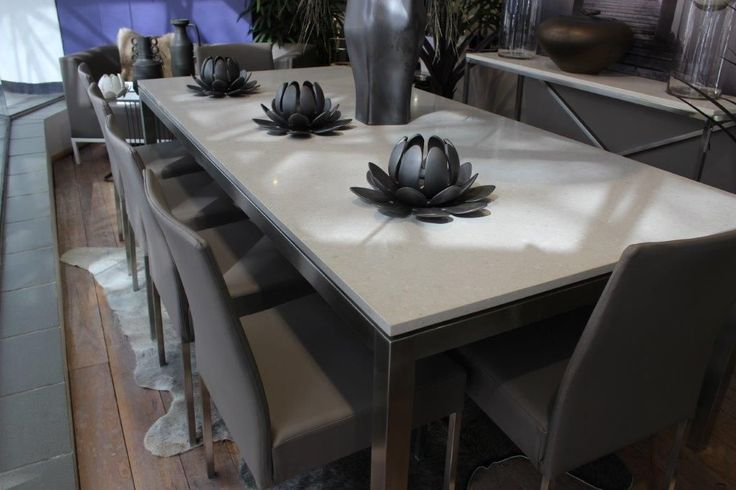We found this stylish Beige Vs. Grey table decor from Caesarstone with the table finished in marble 😃. What do you think: 👍🏻 or 👎🏻? Like & Comment to let us know what you think.  Follow us @MaGrOTapp and use #MaGrOT for more  Source: Caesarstone | Website: www.caesarstone.com.au | Photographer: Unknown  #NaturalStone #Stone #Design #Marble #Granite #Travertine #Onyx  #Livingroom #Kitchen #Garden #Bathroom #Home #DesignInspiration #InteriorDesign #GardenDesign #Decor #HomeDesign…