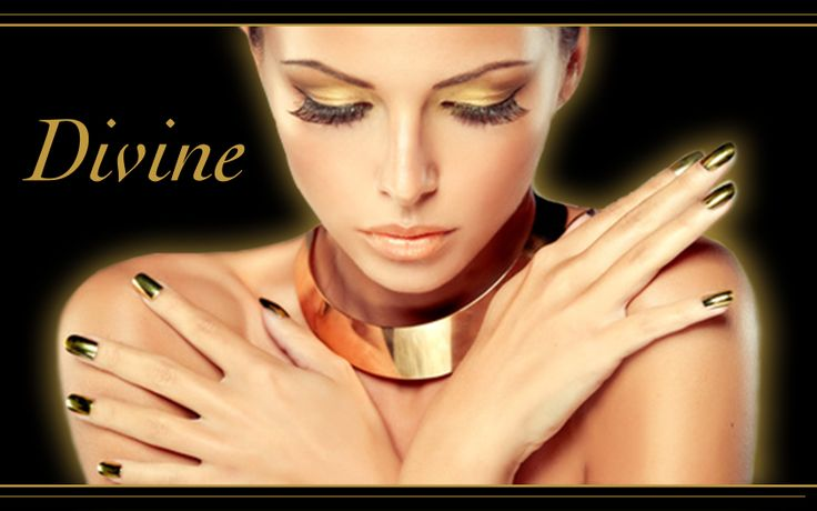 Sign-up today - Get a chance to win & create a unique set of press-on manicure incrusted with Swarovski crystals.  ==> http://divine.launchrock.com  #nailart #pressonmanicure #luxury #crystals