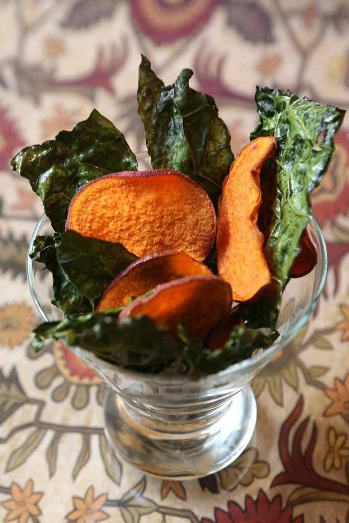 Not all of Giada's recipes are decadent. Case in point: her healthy crisp baked kale and sweet potato chips.