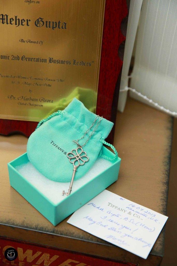 #tiffanyandcompany #tiffany #locket #keychain #keylocket #pendant #gift #nyc #luxury #breakfastattiffanys #fashion #love